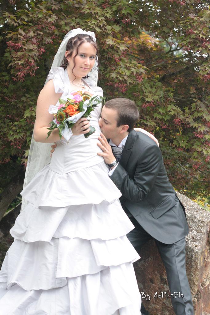 Une fontaine de sangria pour porter un toast aux mariés