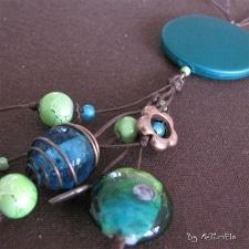 Collier vert et bleu et cuivre