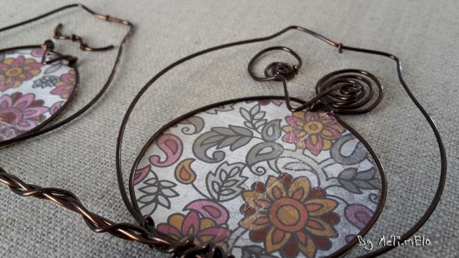 tableau fil de fer et papier imprimé