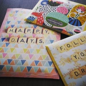 paquets cadeau en magazines